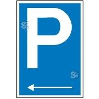 Parkplatzschild mit Richtungspfeil links
