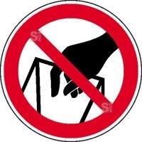 Verbotsschild, In die Schüttung greifen verboten