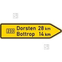 Verkehrszeichen StVO, Pfeilwegweiser auf Bundesstraßen, rechtsweisend, Höhe 500 mm, einseitig, Schrifthöhe 126 mm, zweizeilig Nr. 415-20
