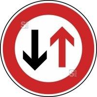 Verkehrszeichen StVO, Vorrang des Gegenverkehrs Nr. 208